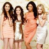 Pretty Little Liars: moda esuspense